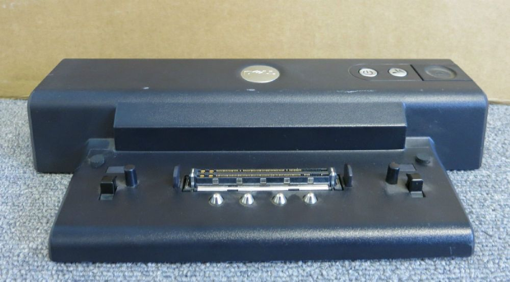 Dell 0P8129 P8129 PR01X Latitude D600 Docking Station Port Replicator